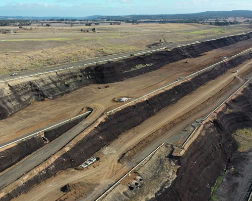 O&M Earthworks Project in Mining Industry